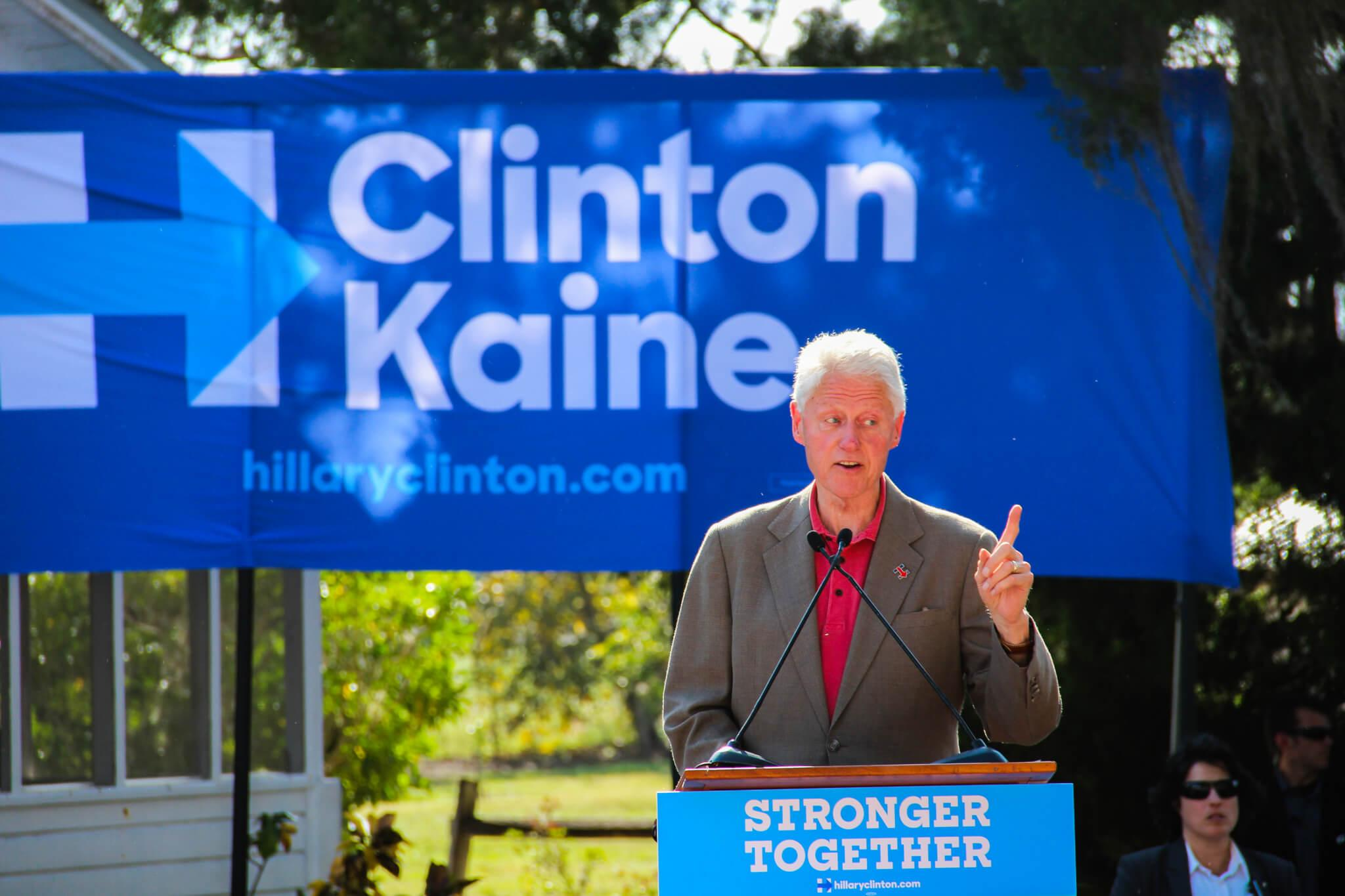Former President Bill Clinton campaigns for Clinton-Kaine in Immokalee