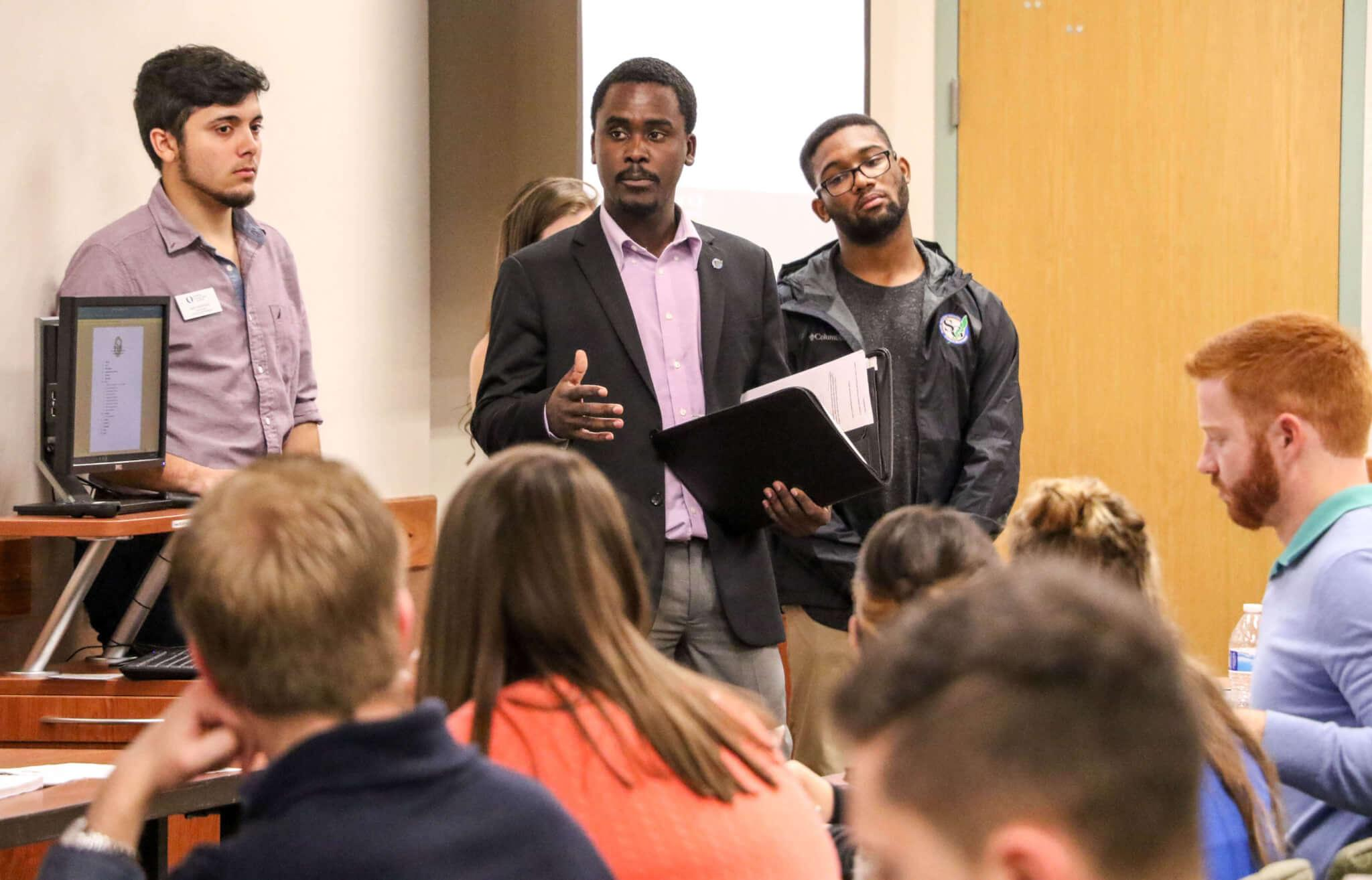 Student Government discusses budget for next school year