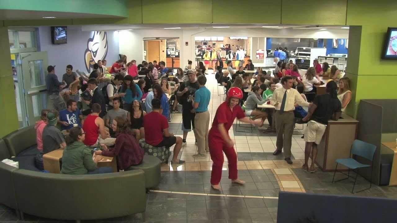 Harlem Shake: FGCU edition invades Cohen Center