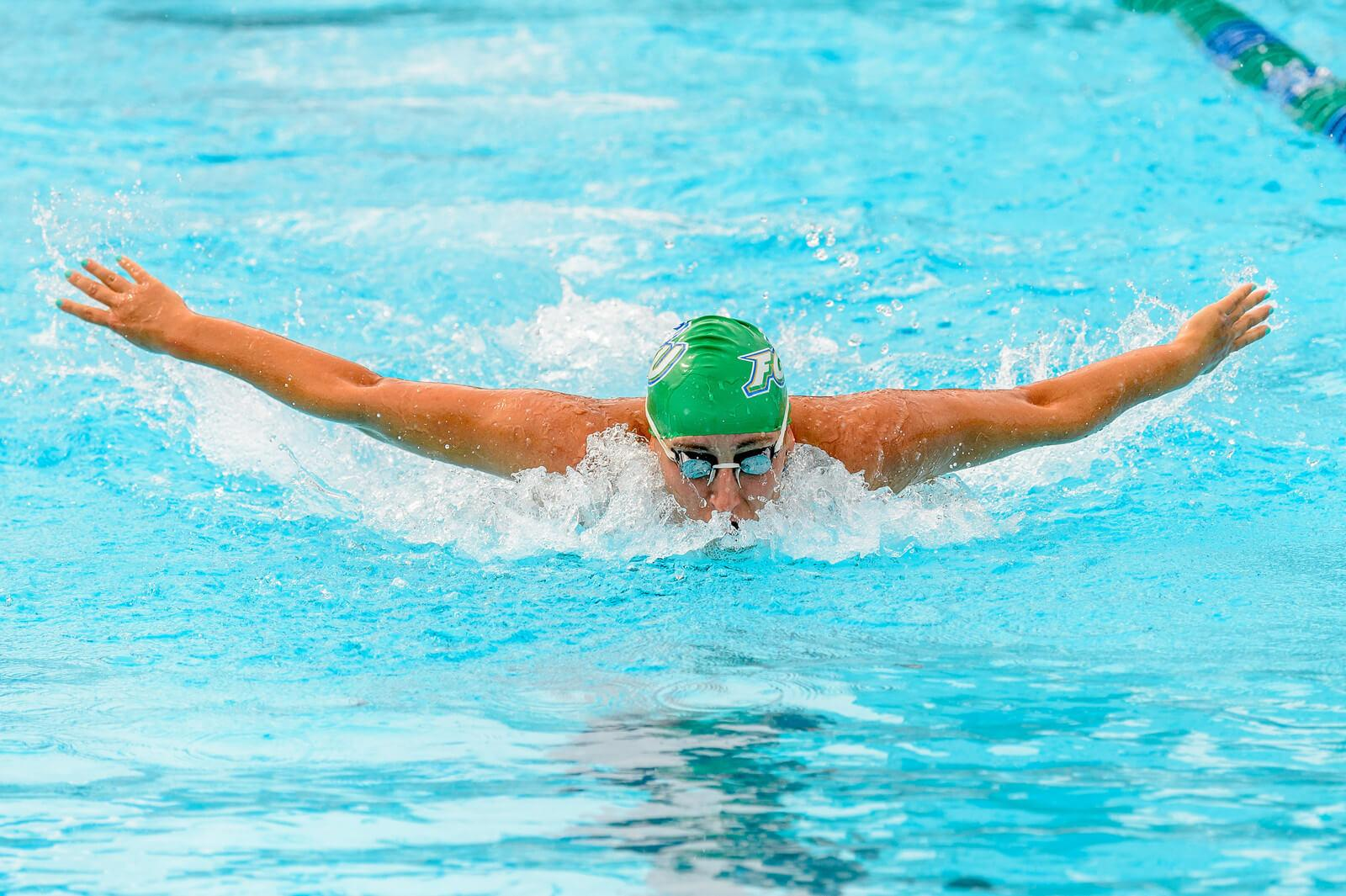 Swimming and diving laps the rankings