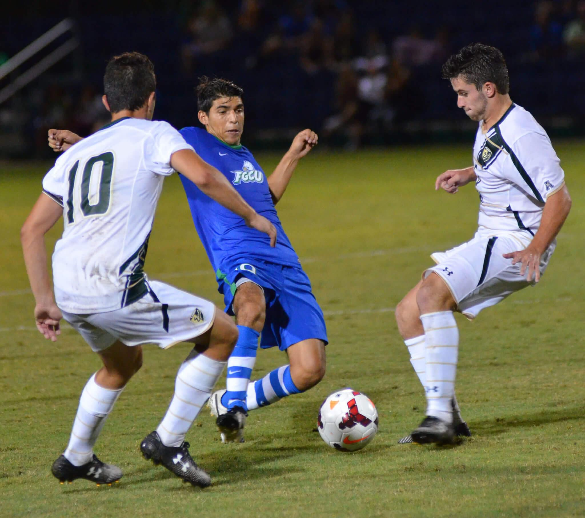 Eagles shut out Bulls, securing a 2-0 record
