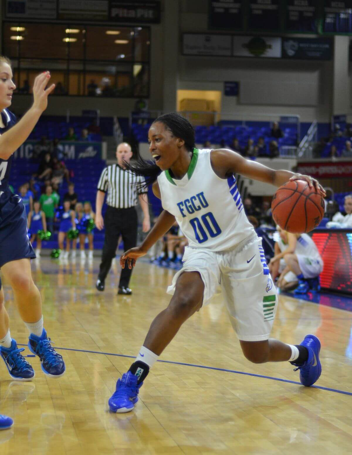 Women extend win streak to 11 games  with first conference road trip