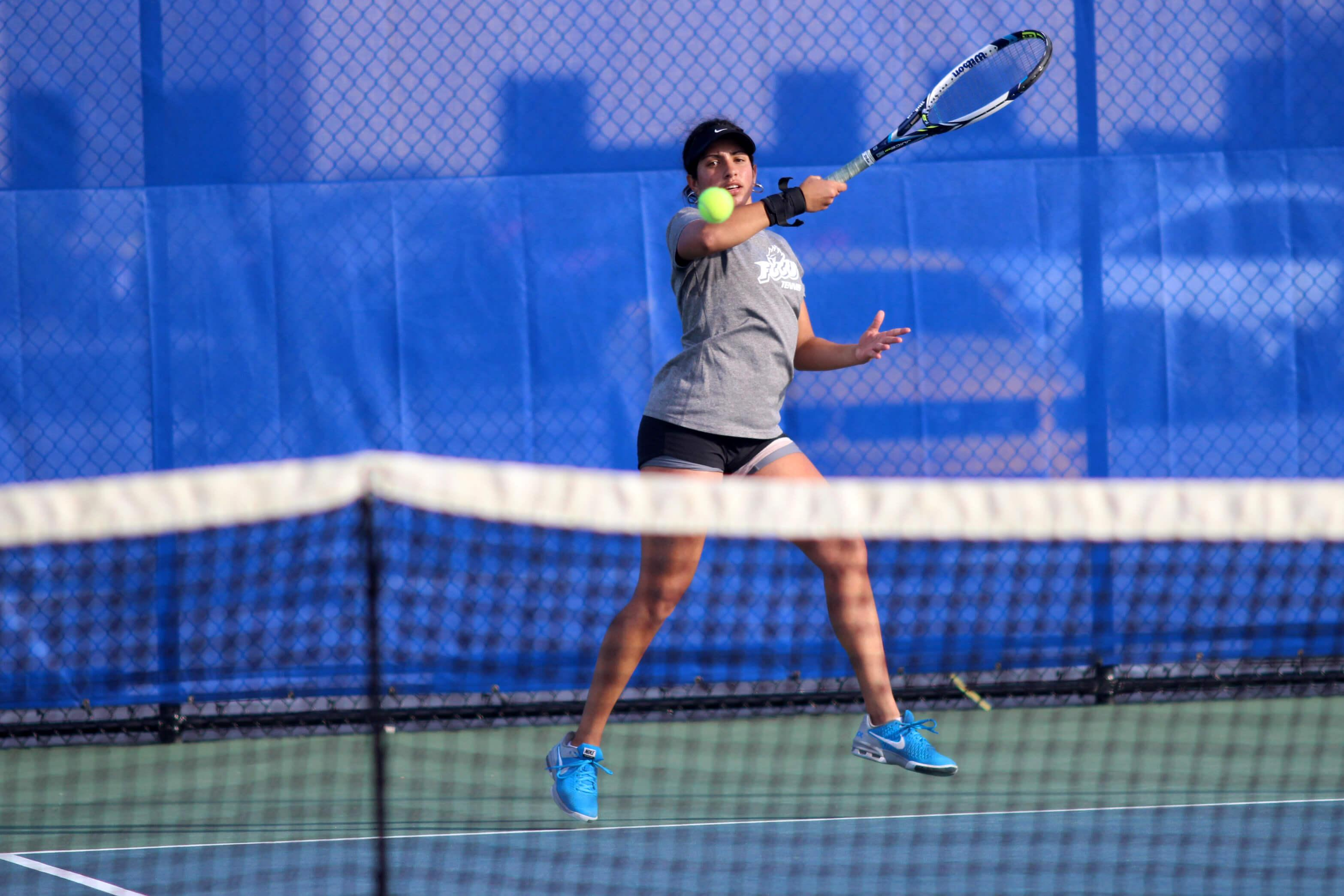 FGCU women face difficult  battles on the road