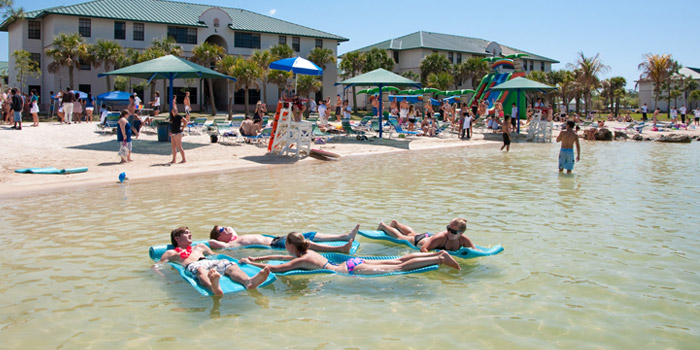 Why+FGCU+is+just+as+good+as+bigger+state+schools
