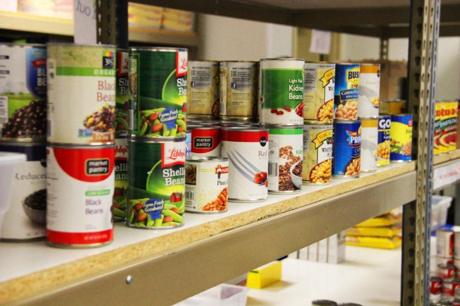 FGCU fans donate nearly 700 pounds of food toward FEEDFGCU