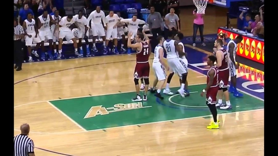 FGCU clinches win over UMass with Tucker's dramatic last minute and-one