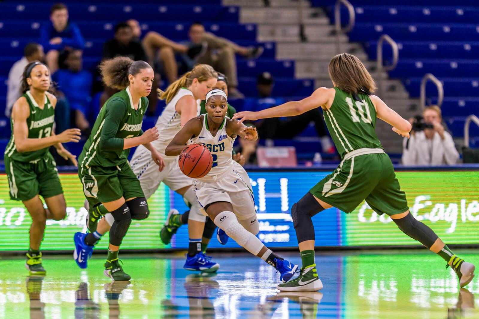 FGCU women's basketball extends win streak to 12 to fly past 6-0 Jacksonville