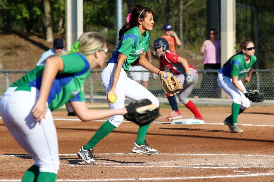 FGCU softball ends ten-game win streak after suffering losses to Ball State and Notre Dame