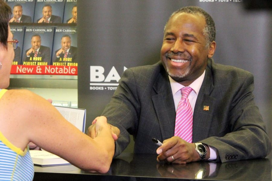 Ben+Carson+visited+Fort+Myers+in+November+for+a+local+book+signing.+%28EN+Photo%2F+Rachel+Iacovone%29