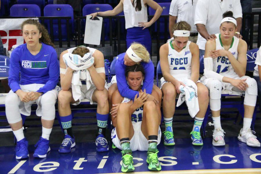 The FGCU women's basketball team following the loss to Jacksonville in the A-Sun Conference Championship. (EN Photo / Kelli Krebs)
