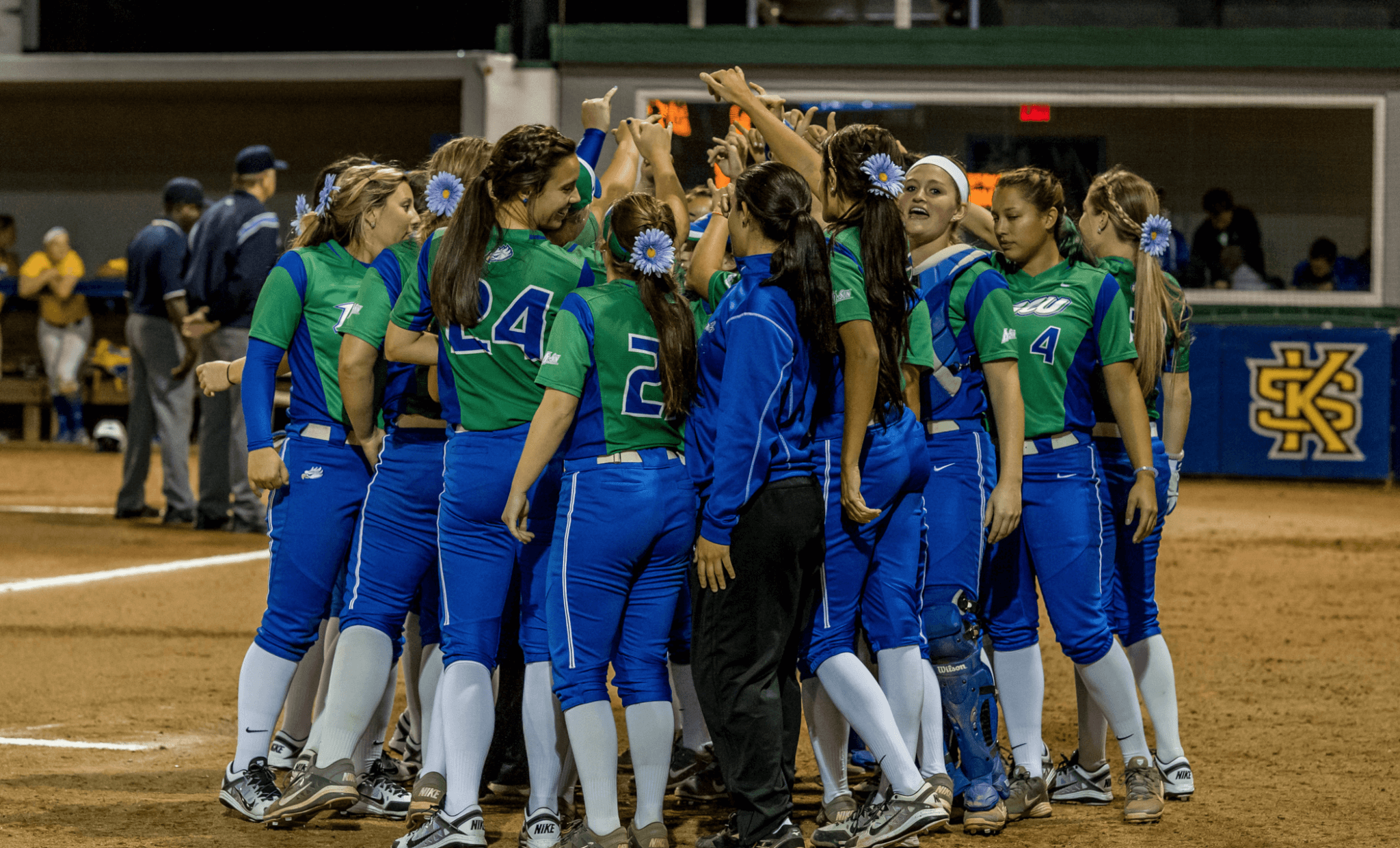 Softball advances to A-Sun semifinals with win over Kennesaw