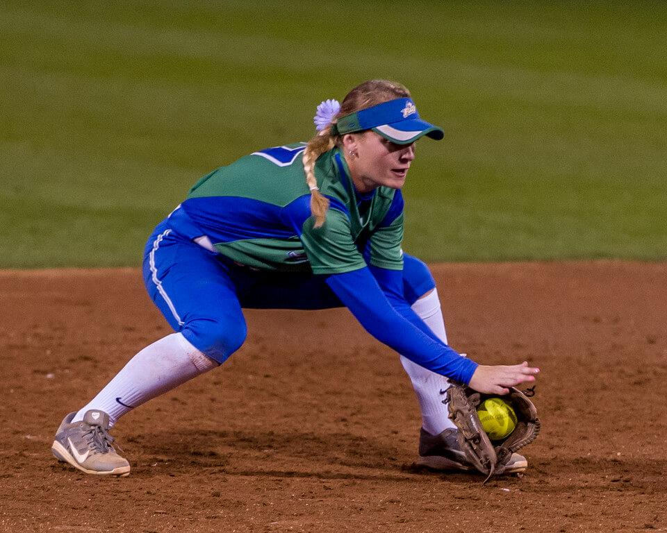 Softball falls to USC Upstate in A-Sun semis, faces winner of Kennesaw State and Stetson tonight