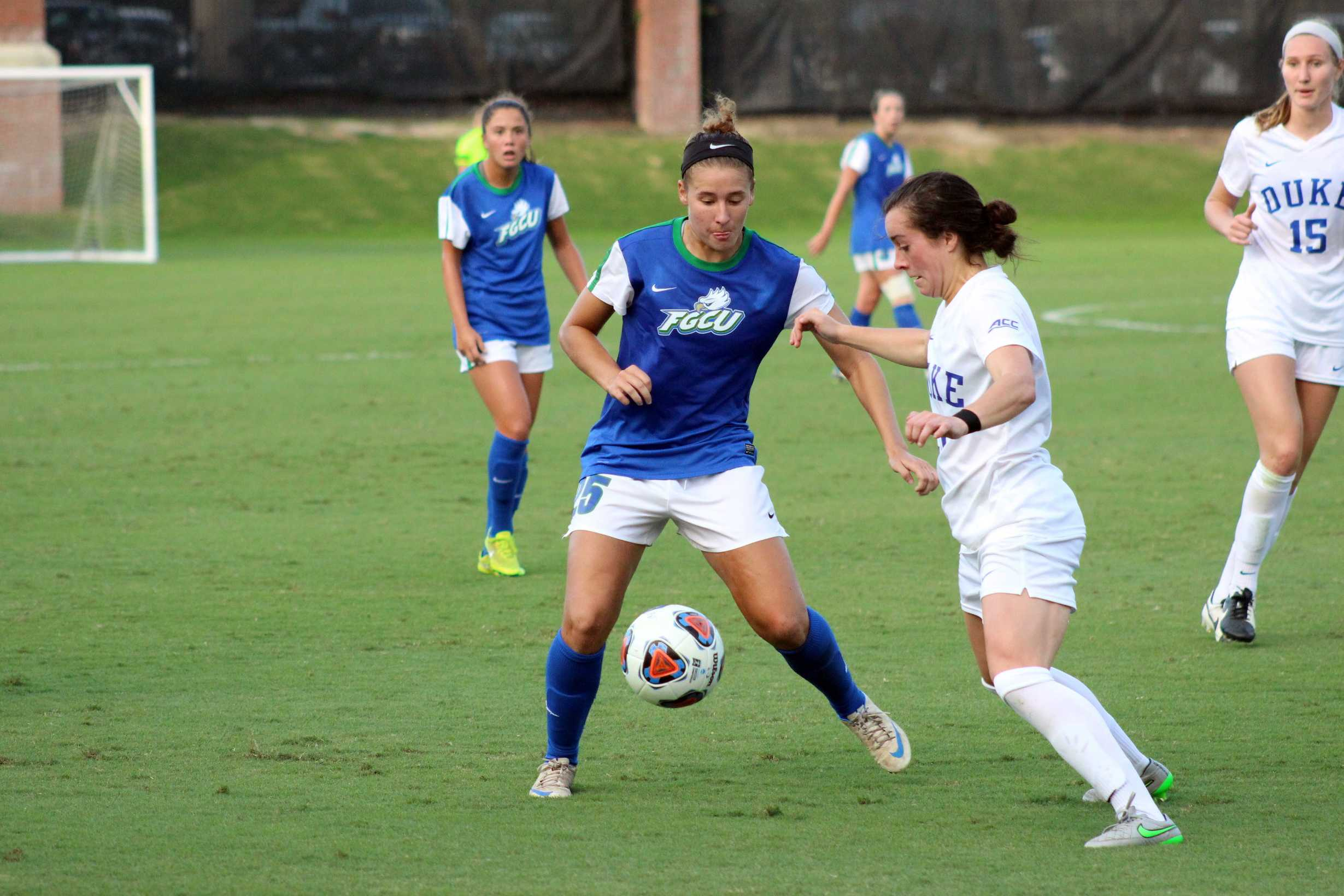 Tabby Tindell named to TopDrawerSoccer.com's list of top 10 forwards