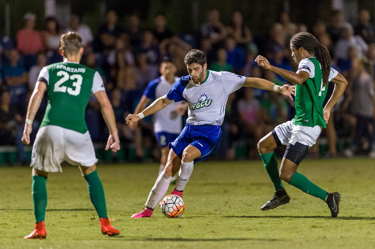 FGCU men's soccer falls to Northwestern in first game of 2016