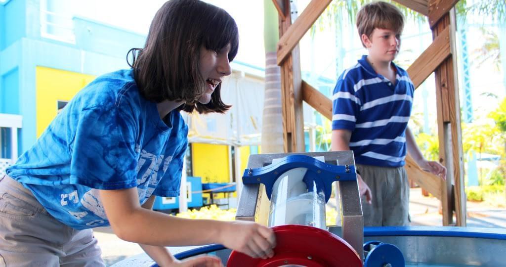 Organization seeks volunteers to help children with autism spectrum disorder