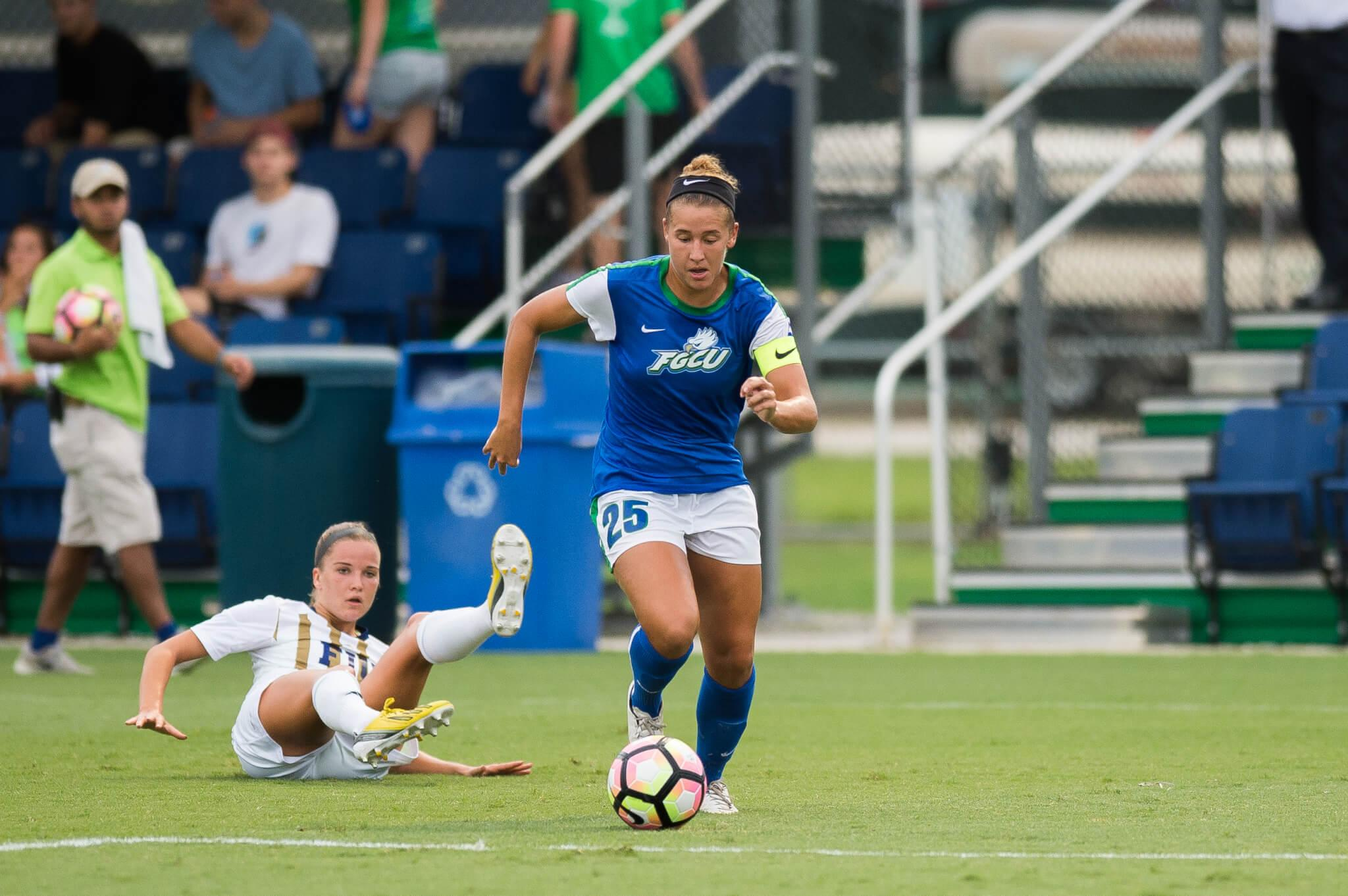 Tabby Tindell's late goal gives the Eagles a 1-0 victory over FIU