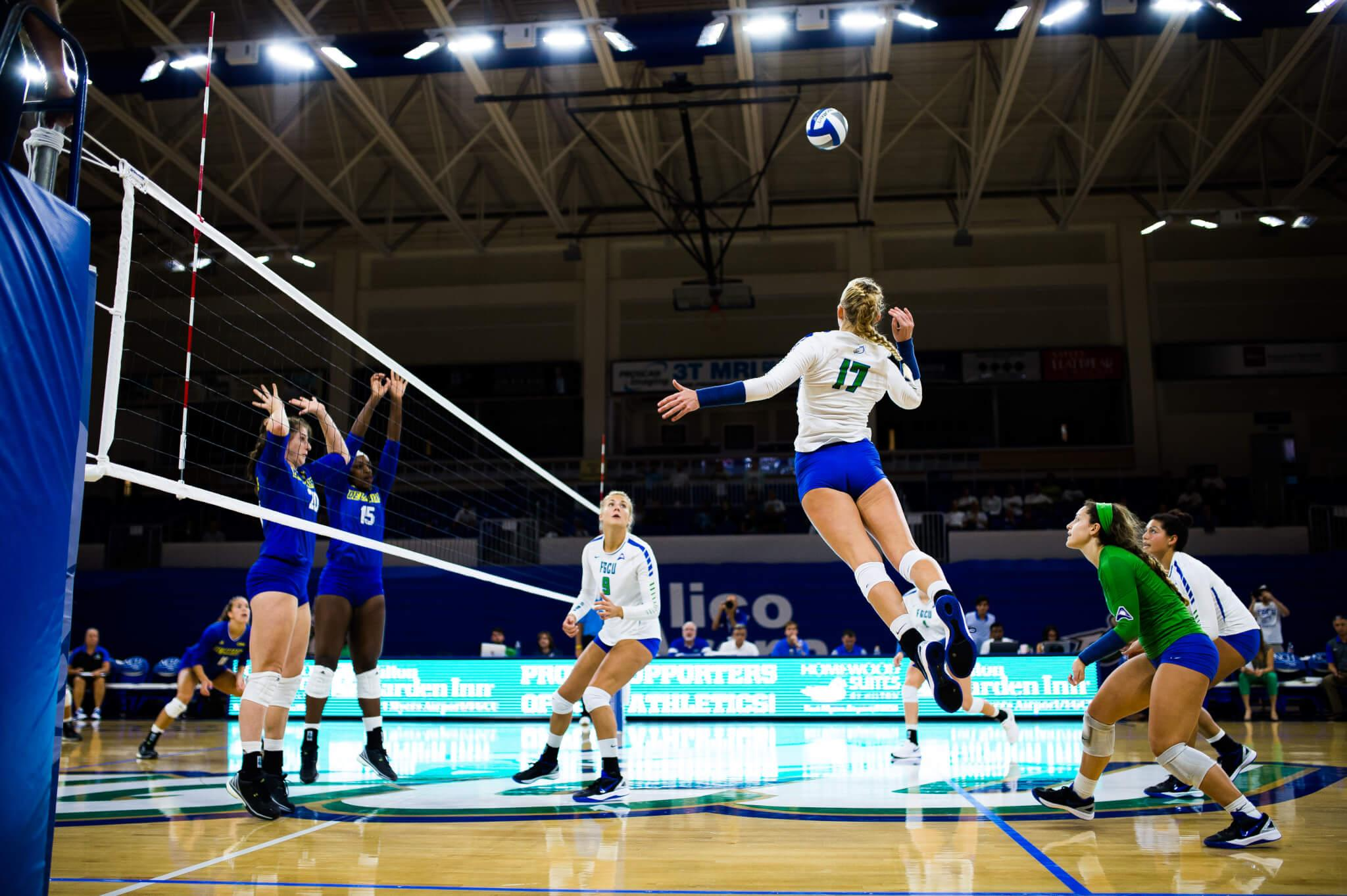 FGCU volleyball sweeps Tulane at Owls Classic