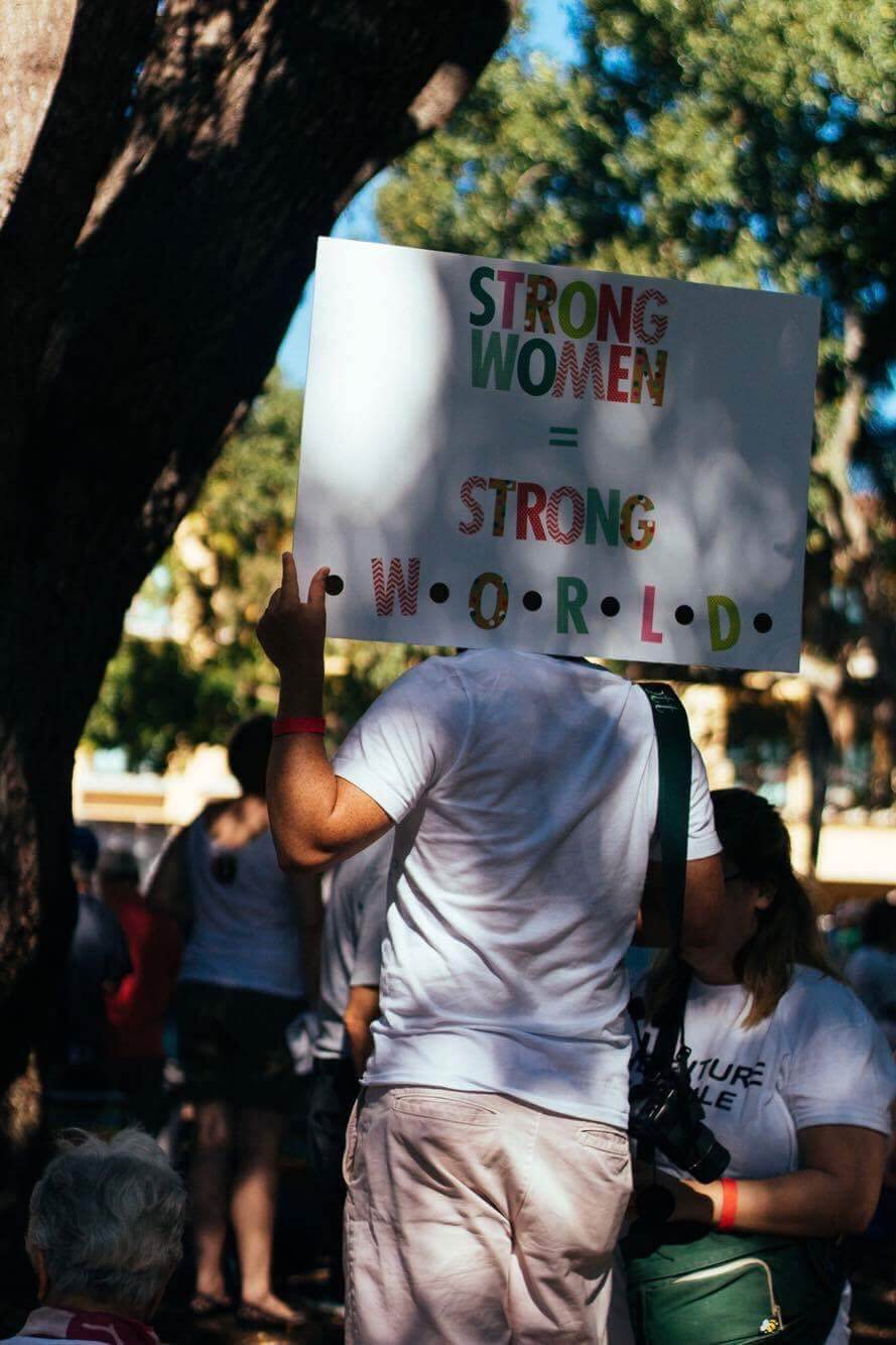 FGCU students participate in national women's movement at a local level