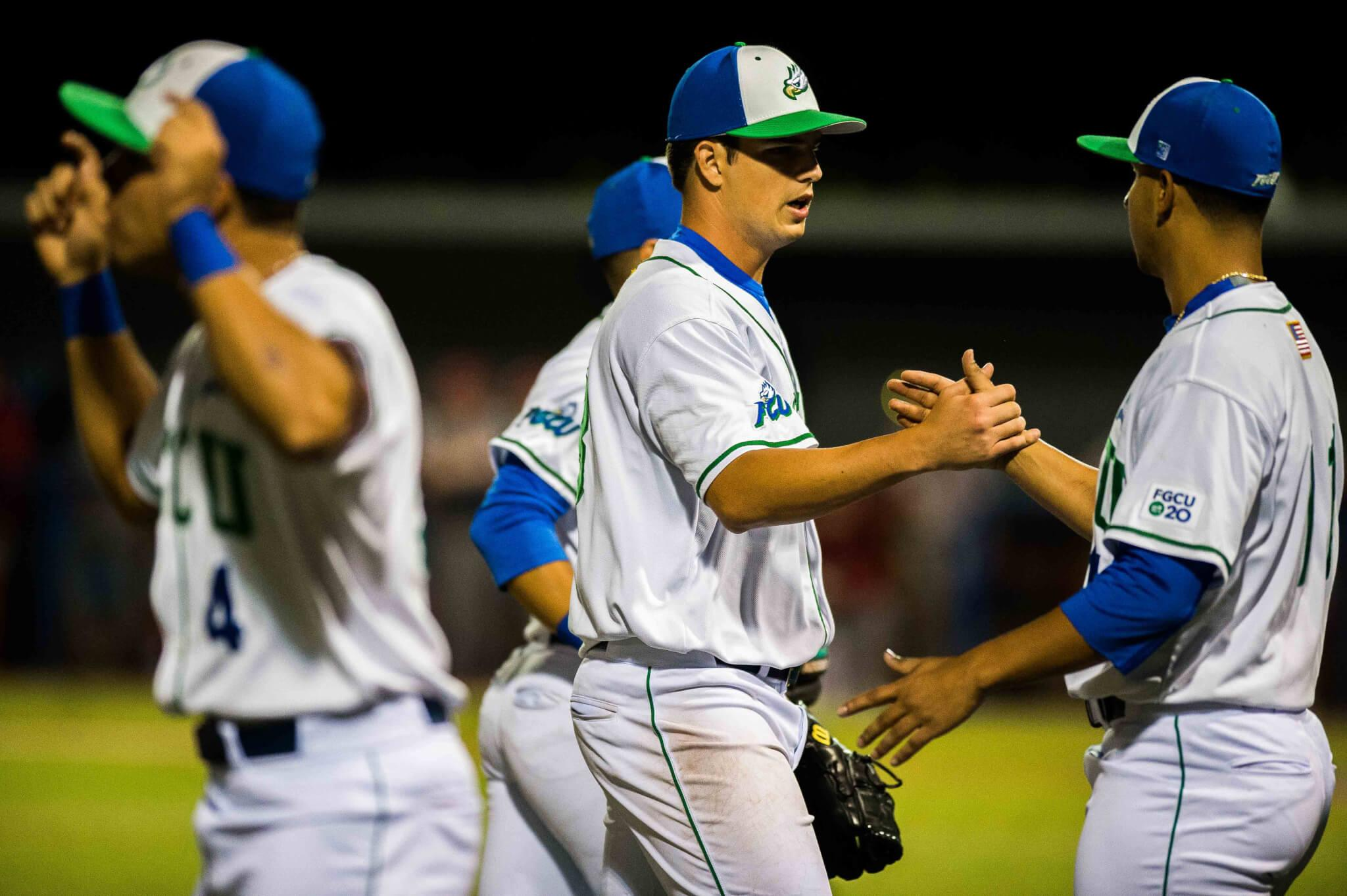 FGCU baseball scores a combined 22 runs in double header victories over Sacred Heart