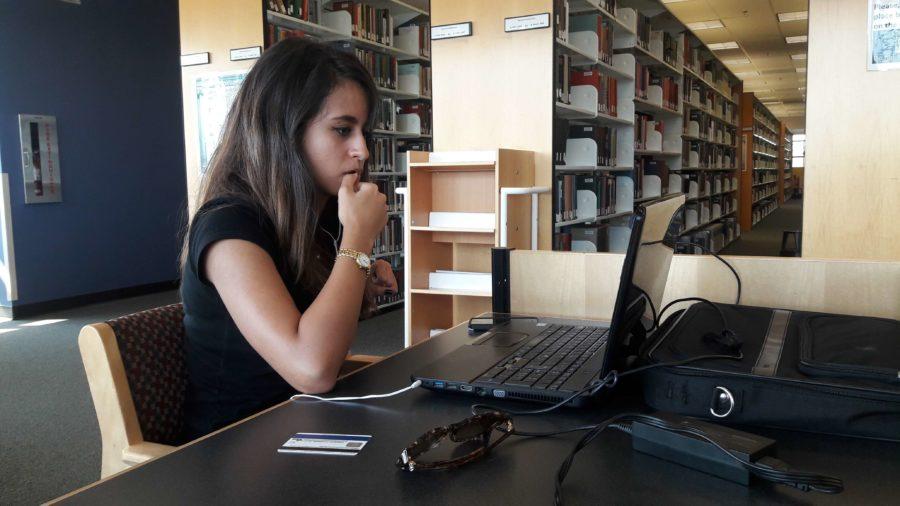 Stressed+FGCU+student