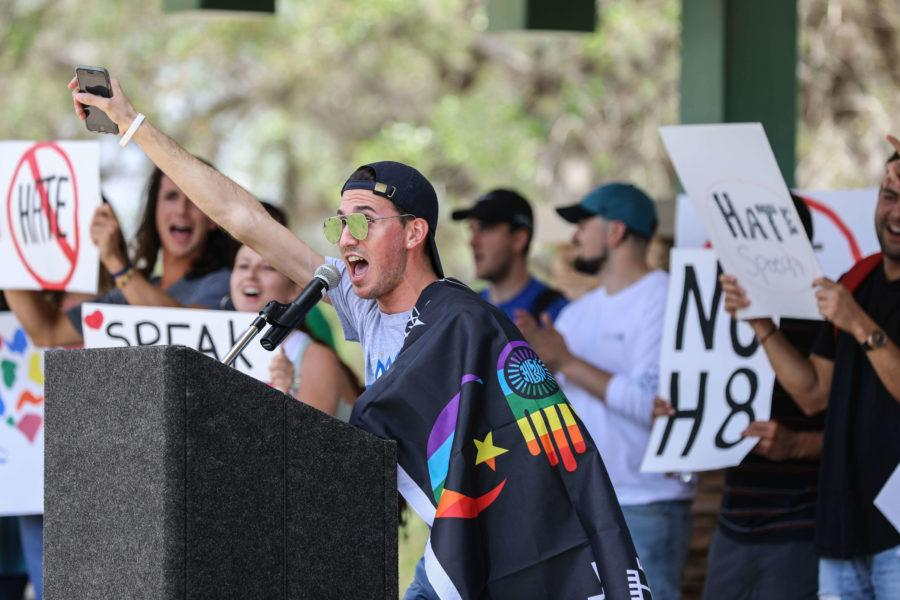 Students+rally+against+hate+speech