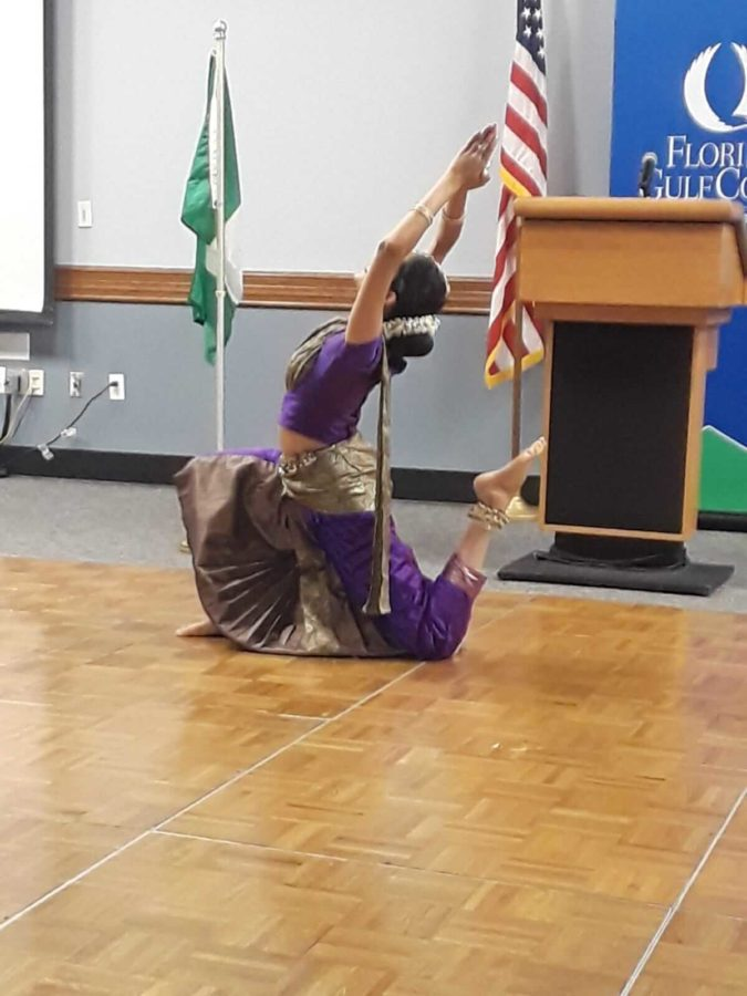 Sushmitha+Suresh+performs+classical+Indian+dance+at+the+event.+The+event+had+food%2C+music+and+presentations+about+many+different+countries.
