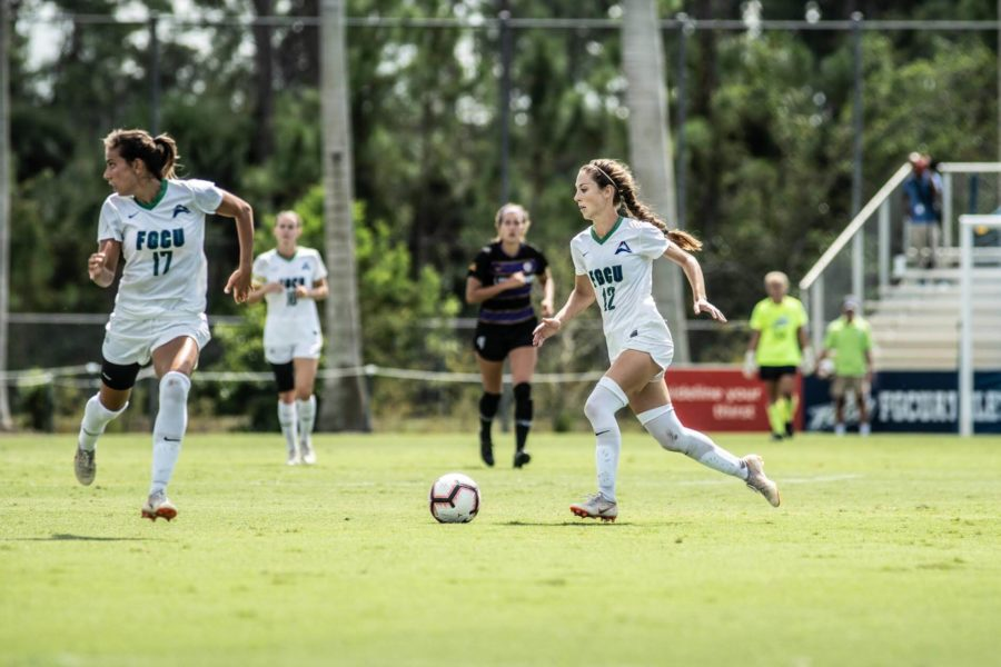 EN+Photo+by+Bret+Munson+%2F%2F+Women%27s+soccer%27s+Evdokia+Popadinova+and+Zoey+Spitzer+during+the+match+against+Lipscomb+on+Sunday.+Lipscomb+shut+out+FGCU+1-0+to+hand+the+Eagles+their+first+loss+of+the+season.+
