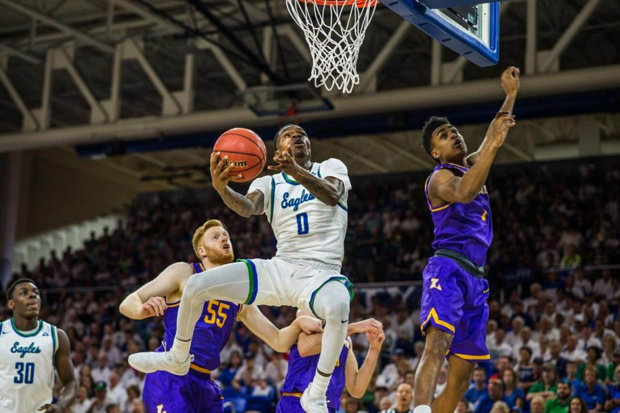 EN+File+Photo+%2F%2F+Brandon+Goodwin+drives+to+the+basket+during+the+ASUN+Championship+game.
