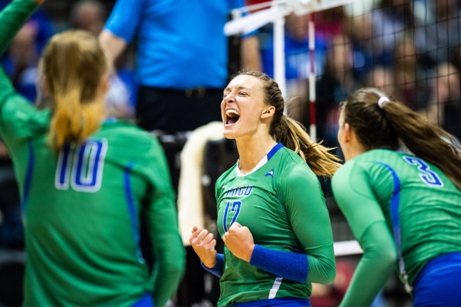 FGCU+volleyball+ends+UCF%E2%80%99s+24-game+win+streak+in+first+round+of+NCAA+tournament