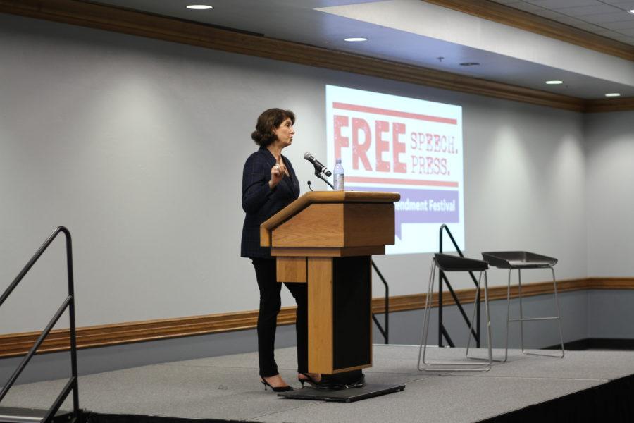 EN Photo by Sean Porter // NPR political correspondent Mara Liasson speaks to the crowd during her keynote address.
