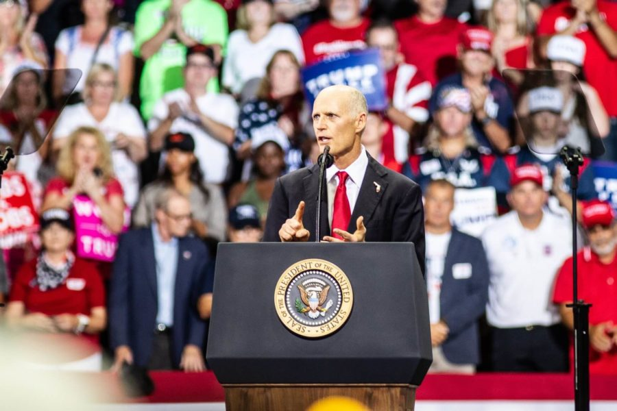 EN Photo by Bret Munson // Florida Gov. Rick Scott speaks at a rally in Fort Myers prior to the election.