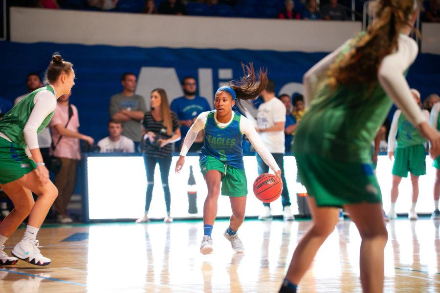 EN+Photo+by+Bret+Munson+%2F%2F+FGCU+womens+basketballs+Davion+Wingate+scrimmages+against+her+teammates+at+Dunk+City+After+Dark+in+Alico+Arena+previous+to+the+start+of+the+womens+basketball+season.