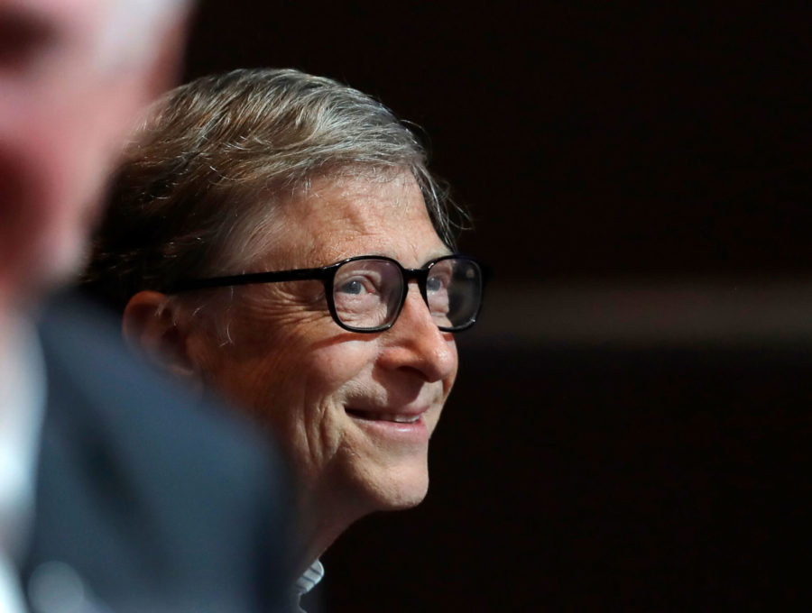 AP+Photo+%2F%2F+Microsoft+founder+Bill+Gates+smiles+as+he+attends+the+annual+Microsoft+Corp.+shareholders+meeting.