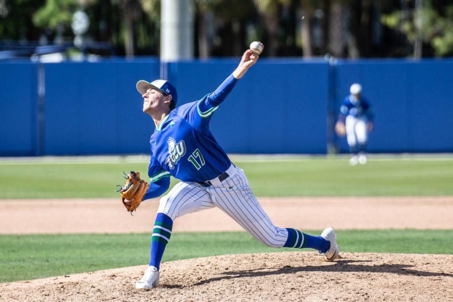 Photo+courtesy+of+Bret+Munson+%2F%2F+FGCU+baseball%27s+Garrett+Bye+pitches+an+inning+during+a+series+against+Bethune-Cookman+earlier+in+the+season.+Bye+aided+the+Eagles+to+a+win+in+Saturday%27s+game+over+LIU-Brooklyn%2C+striking+out+one+batter.