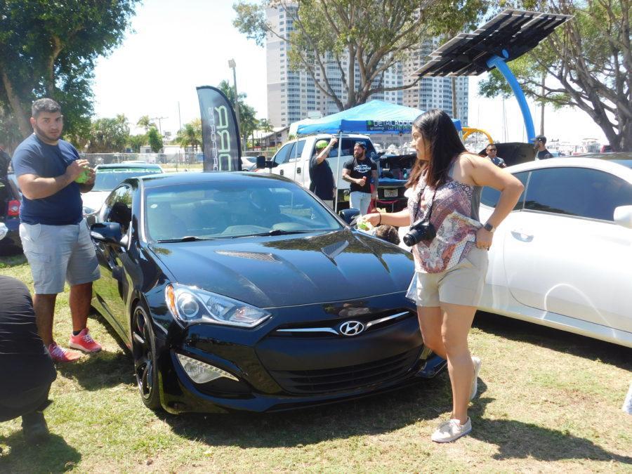 Car+enthusiasts+gather+on+Centennial+Park+for+car+show