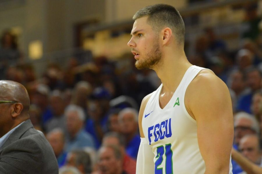 EN Photo by Julia Bonavita // Brady Ernst of the FGCU men's basketball team watches from the bench at the ASUN quarterfinals. Ernst will transfer out of the FGCU men's basketball program for his final year of eligibility.