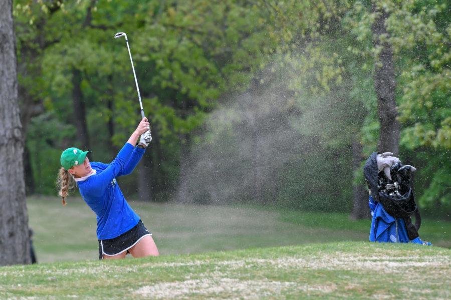 Women's golf falls short amidst tough competition