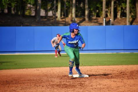 Softball sweeps North Alabama in three-game series