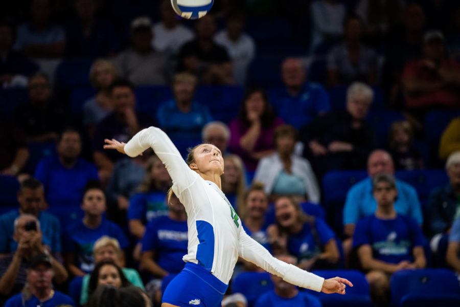 Photo+Provided+by+FGCU+Athletics+%2F%2F+Cortney+VanLiews+15+kill+game+in+the+3-0+victory+Stetson+marks+her+20th+game+this+season+with+double-digit+kills%2C+as+the+Eagles+extend+their+winning+streak+to+13.+