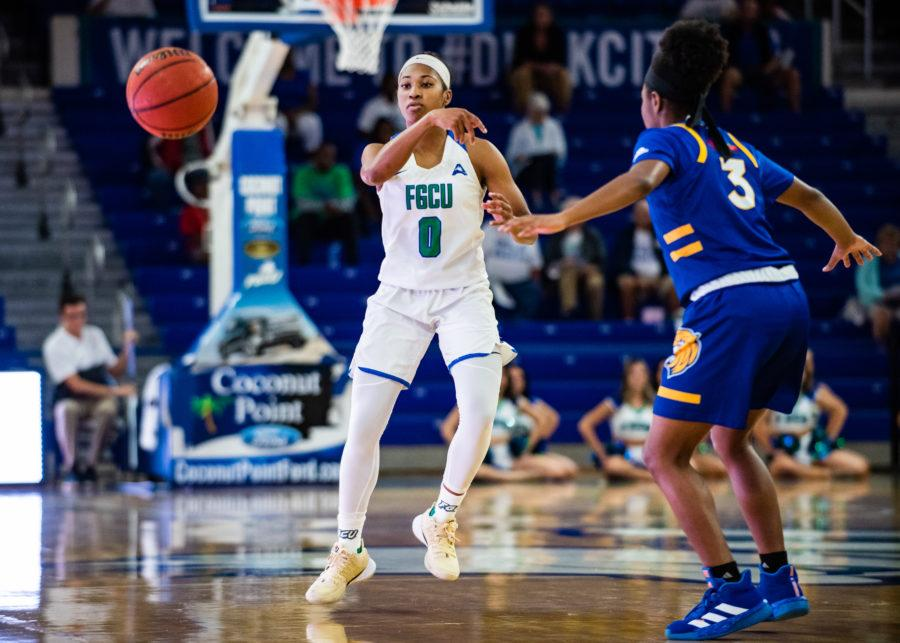 EN Photo by Julia Bonavita // Davion Wingate continues to impress in her senior season for the Eagles, as she led the team in scoring in their rout of Johnson and Wales.