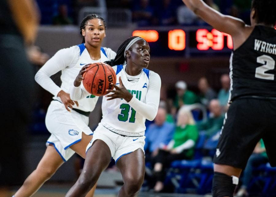 EN Photo by Julia Bonavita // Nasrin Ulel become the third player to reach 1,000 career points this season as the Eagles uoset No. 20 ranked USF 81-77 on day two of the Cancun Challenge.