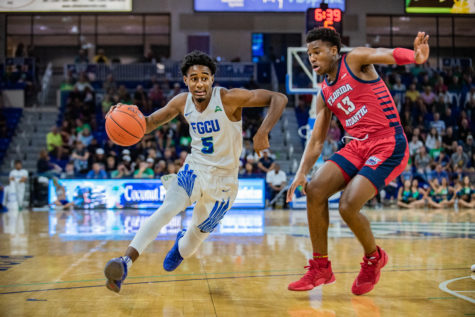 EN Photo by Julia Bonavita // Jalen Warren led the Eagles with 21 points as they got their first win of the season against FAU, coming back from a 19 point deficit in the second half and winning the game 72-70 in overtime.