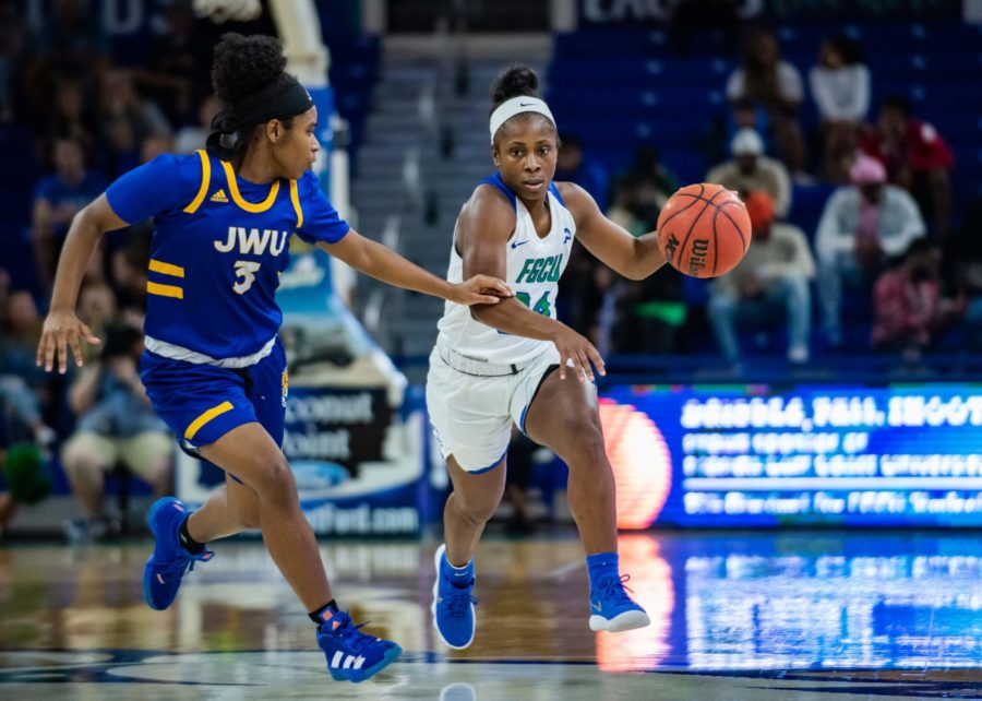 EN Photo by Julia Bonavita // Ashli ONeal scored 15 points in FGCUs win over Houston to give the Eagles their sixth straight win.