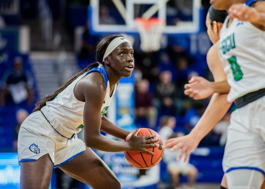 EN+Photo+by+Julia+Bonavita+%2F%2F+Nasrin+Ulel+served+up+19+points+for+the+Eagles%2C+as+they+blew+out+Stetson+89-47+for+their+largest-point+margin+win+this+season.+