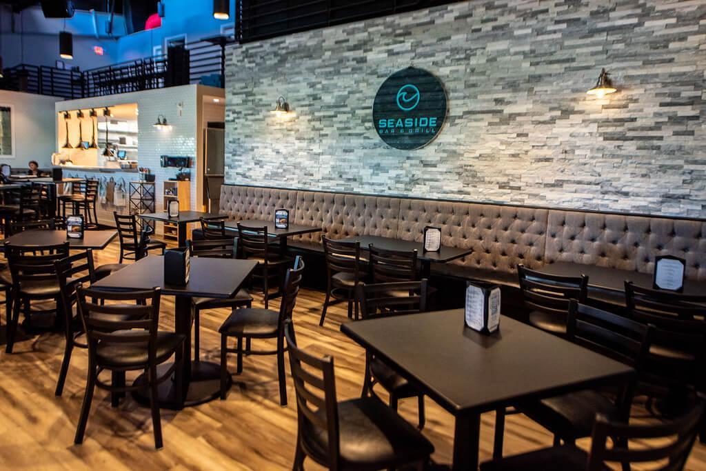 SWFL Hot Hangouts: The Seaside Bar