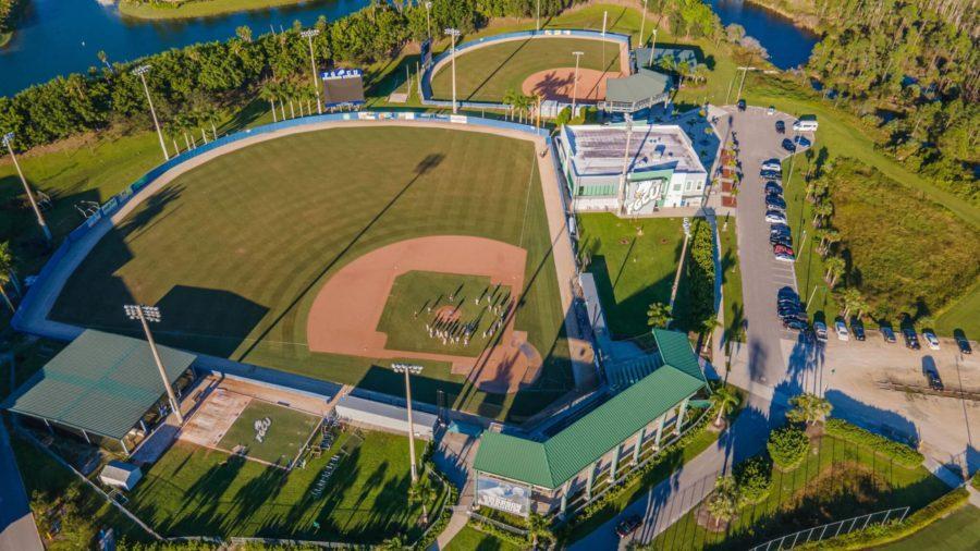 FGCU+Club+Baseball+continues+to+play+through+the+pandemic%3B+EN+Photo+by+Julia+Bonavita+