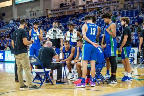 FGCU Mens Basketball On Hold For Two Weeks After Positive COVID Result; EN Photo by Julia Bonavita
